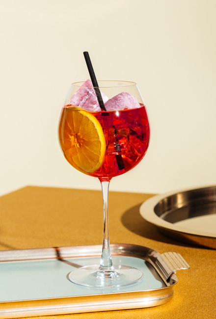 Perfect serve Red 01 | Obsession Gin